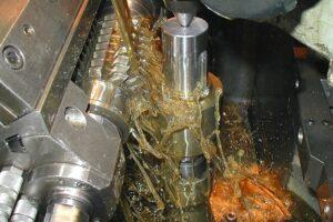 Phân loại dầu cắt gọt kim loại