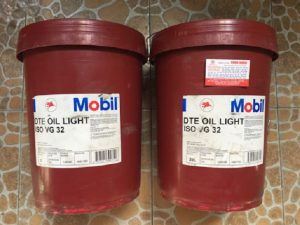 Dầu Tuabin Mobil DTE Oil Light ISO VG 32